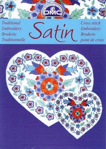 Satin - bloemen in het blauw met rood op=op