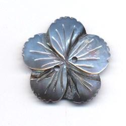 Knoop 20 mm 28 bloem oud parelmoer