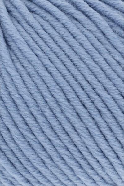 Lang Yarns Merino plus 152.0033 licht blauw