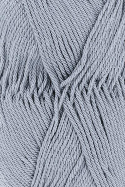 Lang Yarns Quattro 16.0033 licht blauw