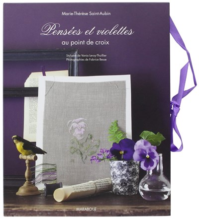 Pensees et violettes au point de srox