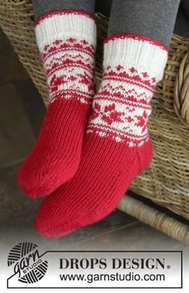 Gebreide sokken met Noors patroon.
