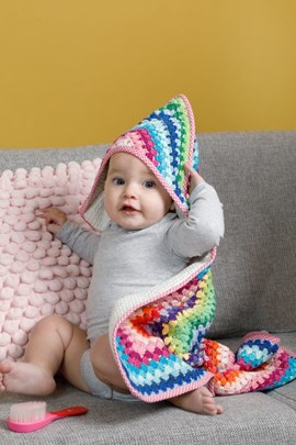 Haakpatroon babycape mooi en warm, ....
