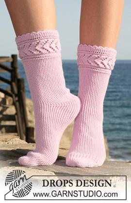 DROPS sokken zijdelings gebreid van ....