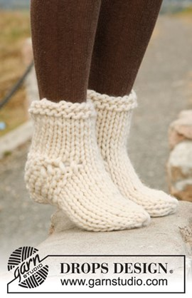 Gebreide DROPS sokken van Polaris.