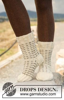 Gebreide DROPS sokken met boordsteek en ....