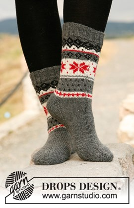 Gebreide DROPS sokken met Noors patroon ....