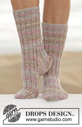 Gebreide sokken met kabels.