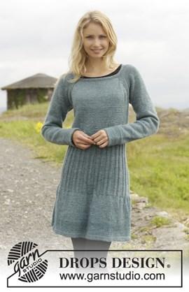 Gebreide jurk in ribbelsteek