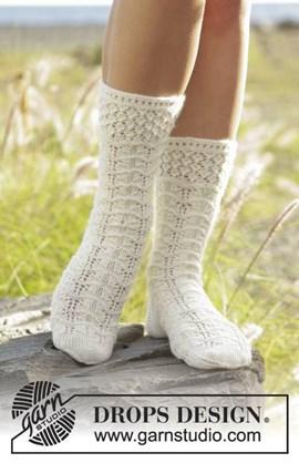 Breipatroon sokken met kantpatroon van ....