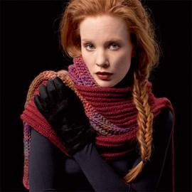 Gebreide sjaal in fantasiesteek.