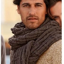 Bergere de France Een lekkere warme stoere sjaal.