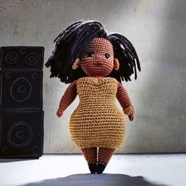Pop Curvy Girl