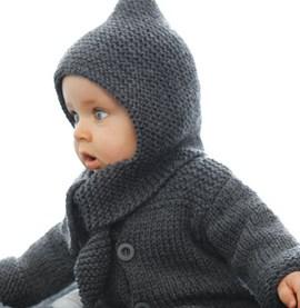 Eenvoudig te breien baby jasje van ....