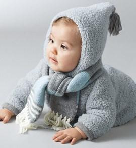 Breipatroon warme babymantel met klosje ....