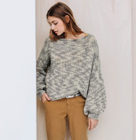 Breipatroon trui met pofmouwen, gemaakt ....