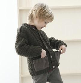 Breipatroon jongensvest met zakjes, ....