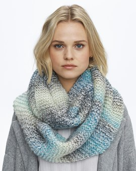 Breipatroon snood Theodora blauw, ....
