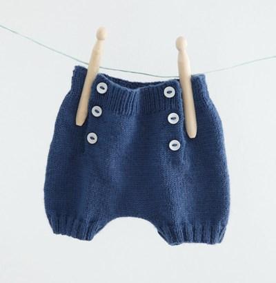 Breipatroon Kort broekje voor baby