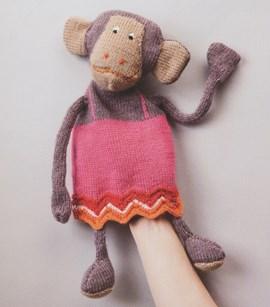 Breipatroon handpop aap met jurkje