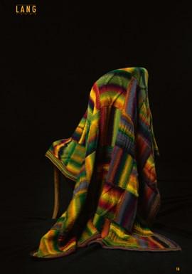 Gebreide deken van vierkanten. 127x178 ....