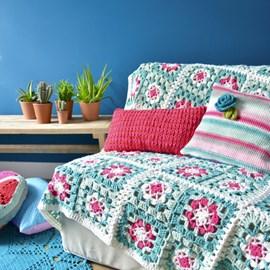 Gehaakte bloemblokken deken. 160x160 cm