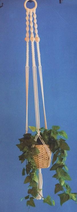 Geknoopte planten hanger. 95 cm lang.
