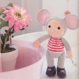 Haakpatroon Milo de muis met rood wit ....