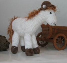 Paard met hoed