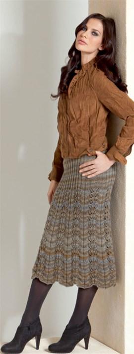 Lange rok met ajour breiwerk gemaakt ....