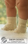 Breipatroon Vest, muts, broek en sokken van andere kant
